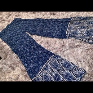 NEW W/ TAGS patterned wide leg pants